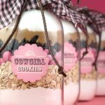 A Homemade Christmas Gift: Cowgirl or Cowboy Cookie Mix in a Jar