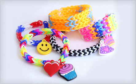 If you know some girls that are into the Loom Band craze, you'll