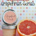 Easy DIY: Homemade Grapefruit Scrub
