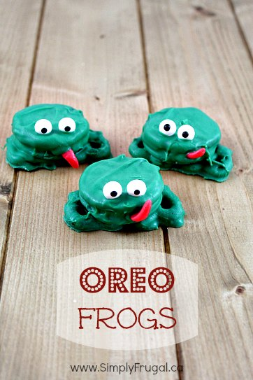 Not only are these Oreo Frogs adorable, they're quick to put together too!  Impress your party guests!