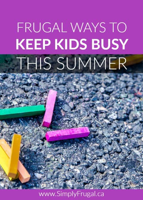 If you are looking for ways to keep kids occupied this summer without spending a fortune, you've got to check out these Frugal Ways to Keep Kids Busy This Summer!