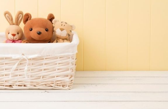Frugal tips for new baby expenses