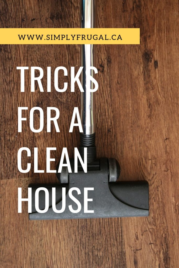 Tricks and tips for a clean house. 7 things people with clean houses do every day. #cleaning #cleaningtips #organizing #simplyfrugal